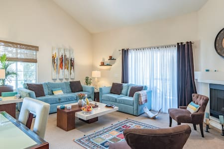 Lovely Apartment - Condominium