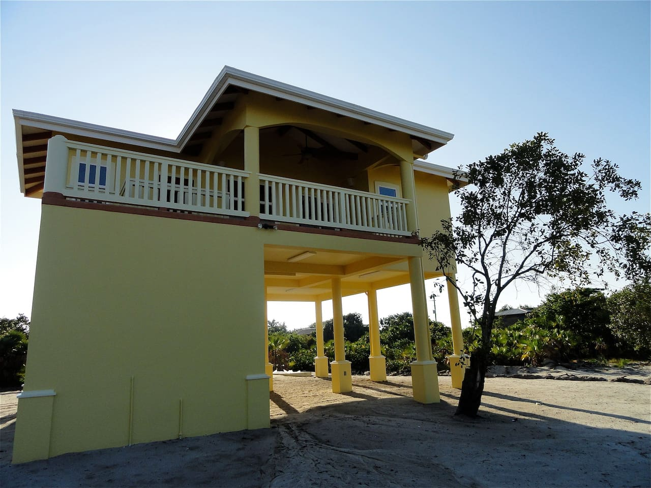 Welcome! Make yourself at home in this brand new house overlooking the Placencia Lagoon.