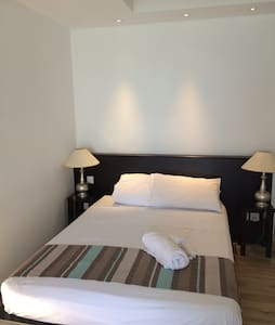 Hotel in Tombeau Bay-Sea view,Swimming Pool,wifi. - Other