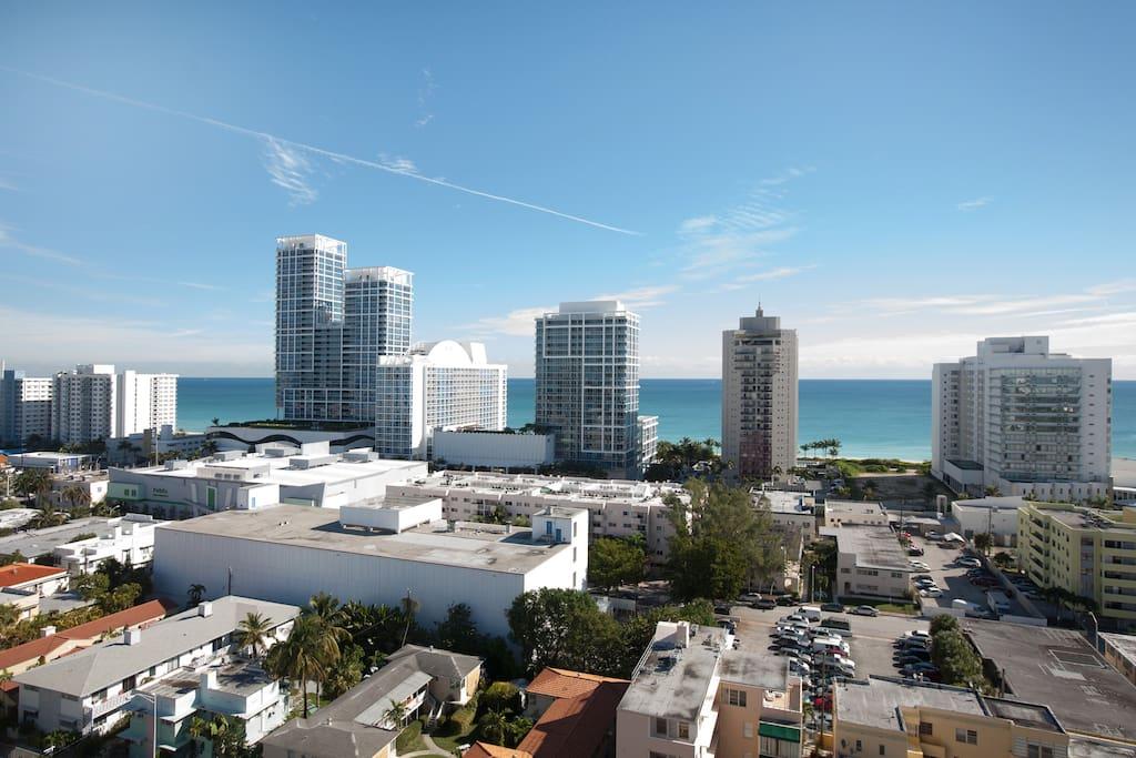 Airy Miami ocean view penthouse apt