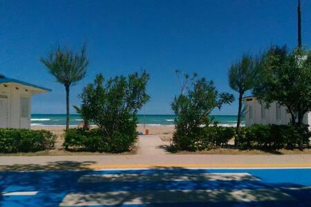 Appartamento (2) a 100mt dal mare - Rumah