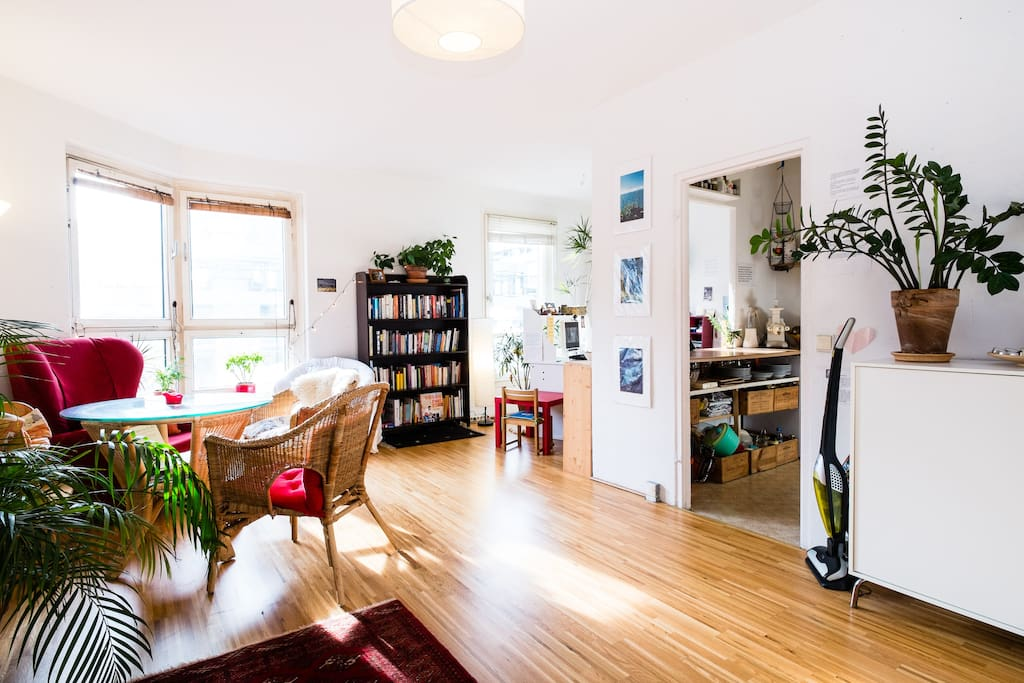 living room towards Leipziger Platz - you are always welcome here, too