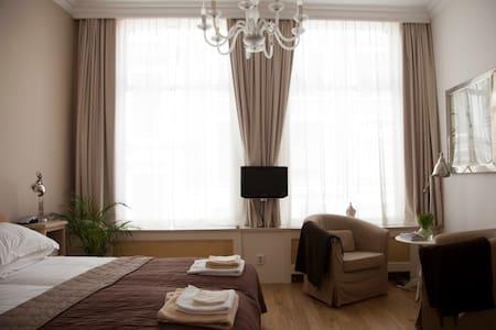 Noordeindes (studio apartment) - Apartment
