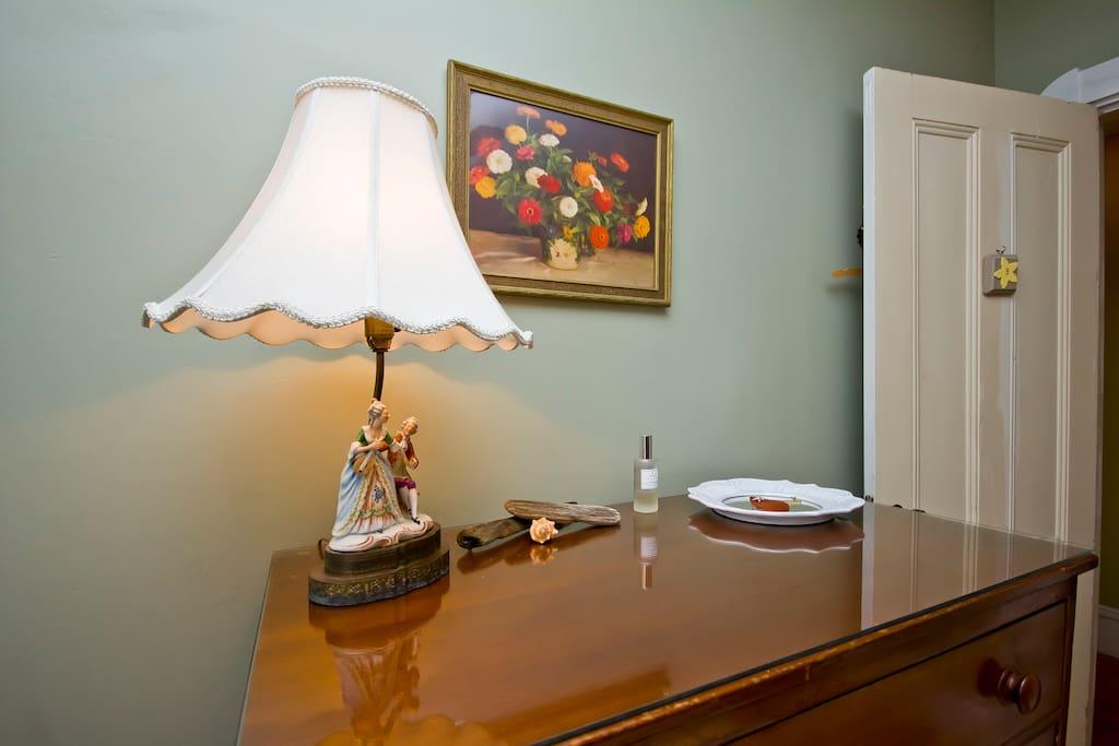 Winthrop Bay Room