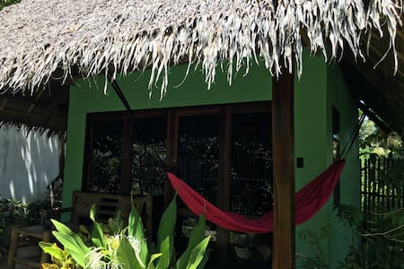 Tiki Bungalows And Bar's Lofthouse - Hutte