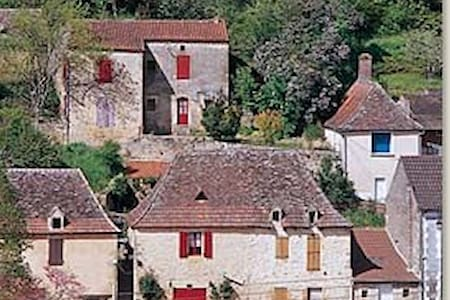 Magical bijou 1bd house on Dordogne