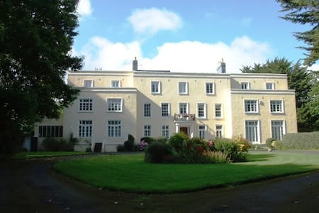 B&B ACCOMMODATION IN ISLE OF MAN - Bed & Breakfast