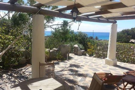 Charming Beach Villa II - Rumah