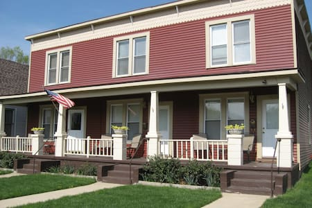 Townhouse Unit 1835 in Tri-plex - Peoria - Apartment