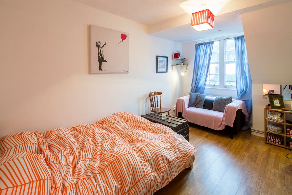 An excellent central London Room.