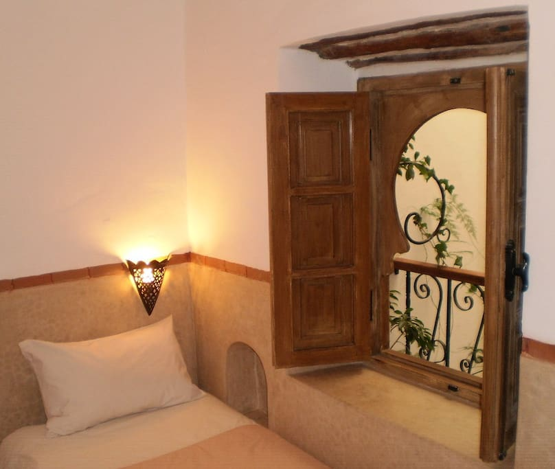 Dar Darek B&B twin ensuite room