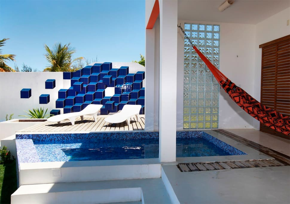 Pool and a special shower wall design