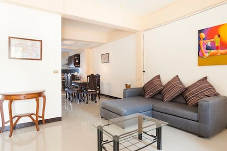 Private Town Home (City Center) - Chiang Mai