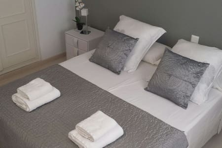 PRIVATE DOUBLE ROOM IN IBIZA - Apartamento