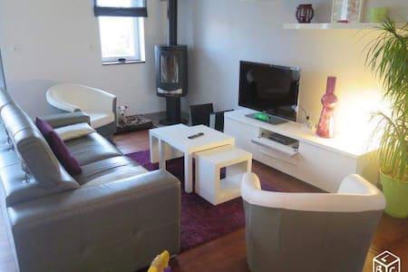 Appartement/Loft au cœur de Vieux Boucau 3ch 110m2 - Vindsvåning