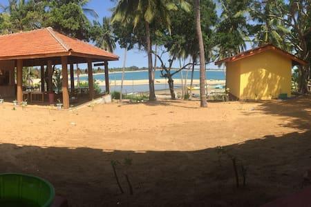 The Bay Ishara Village 2 - Pottuvil - Pensió