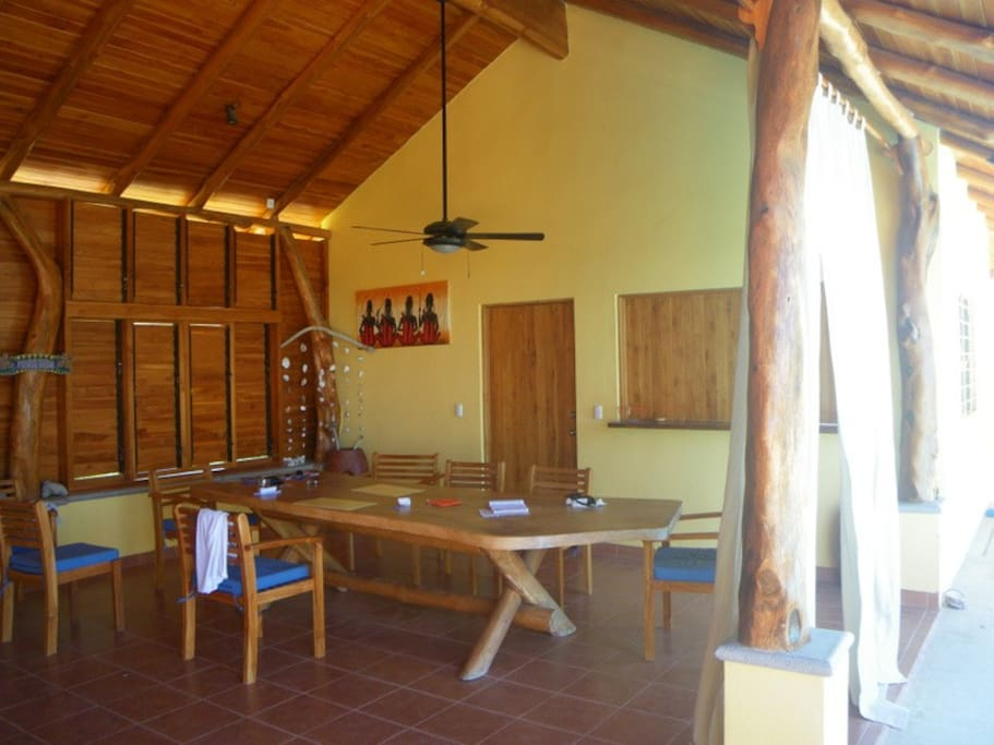 The dining area in White Villa