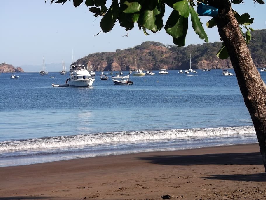 Playa del Coco beach and Dive boats.....
