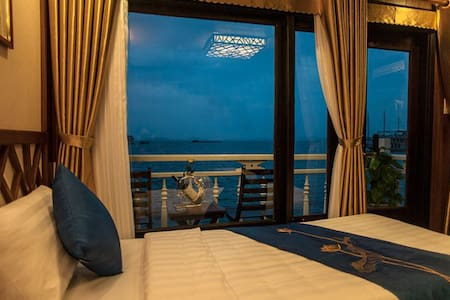 HaLong Gray Line Cruise 2D1N Deluxe