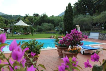 "Villa con piscina ""Le Due Querce"" - San Giovanni A Piro"