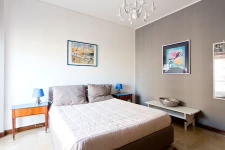 La stanza di jo' - Palermo