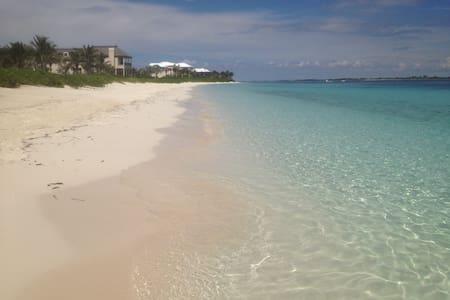 Paradise Island,5 min walk to beach - Paradise Island - Wohnung