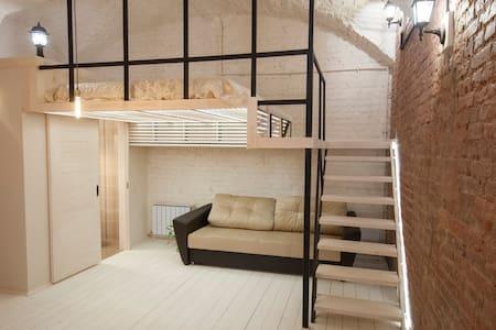 "Loft-apartments ""Kolman apart"". 8Н - Sankt-Peterburg"