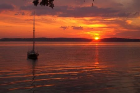 Ocean-Front Maine Getaway - Deer Isle - Dom