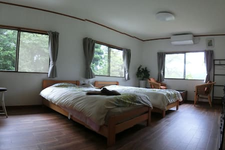 Izukogen station 8min. 22㎡(twin+1)B&B+Garden Cafe - Bed & Breakfast