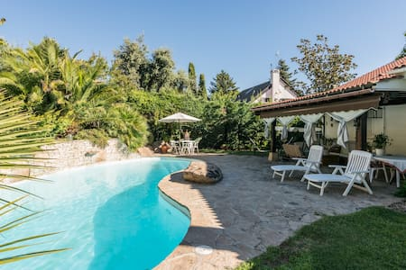 Chalet individual jardín/piscina, zona residencial - Sala sypialna
