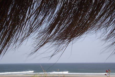 Just in fromt of the best lefts of Peru, Lapa Lapa is located a 1 min of the beach, in a very relax and secure spot in Lobitos. Our guests can enjoy our bbq zone , chilling looking the waves, confortable clean rooms, hot water, internet and kitchen .