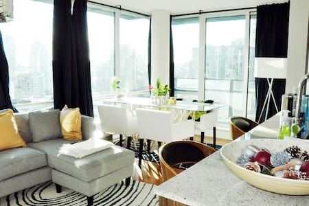 Beautiful and bright Yaletown flat - Vancouver - Apartment