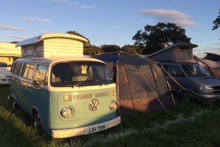 Skye The Blue Camper - Classic VW  - Stamfordham - Karavan/RV