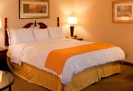 Mirage Hotel # 3 - Szoba reggelivel
