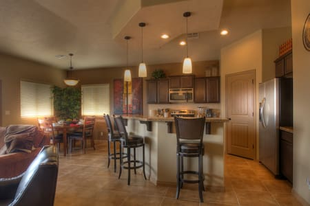 New Luxury Home in Golf Paradise - Mesquite - Casa