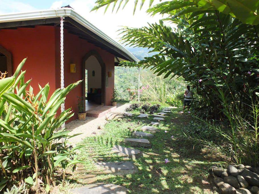 Entrance La Cacatúa Lodge.