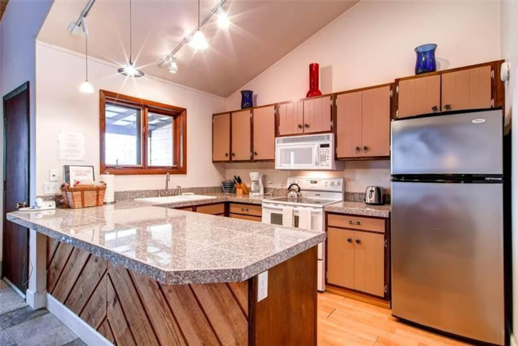 Fully remodeled and great kitchen.