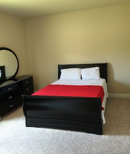Great room - Crestview - House