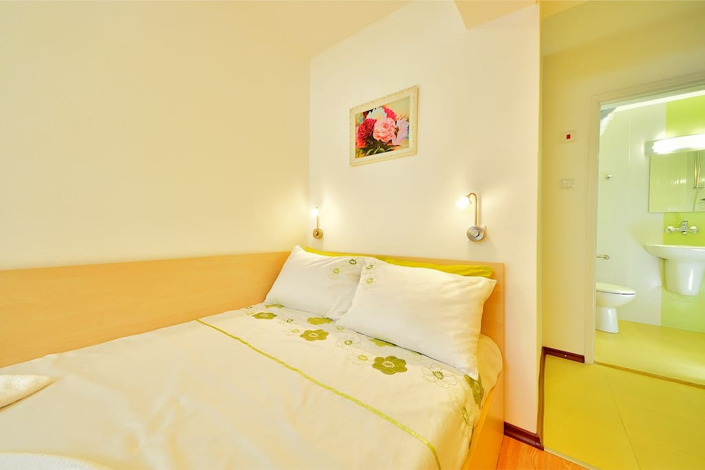 Studio room in Bourgas to rent