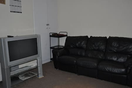 A sofa to rest for Woman - Sheffield - House