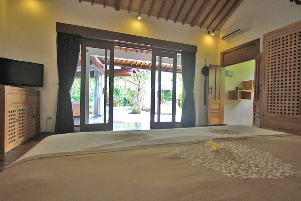 Amazing 3 bedroom 700m to beach