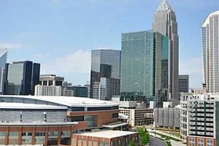 Downtown Studio Condo - Perfect location! - Charlotte - Lakás