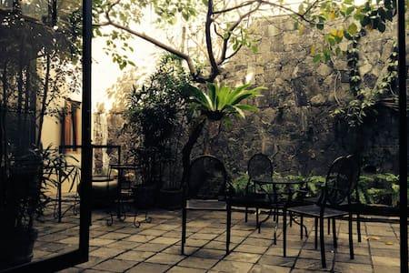 Luxury en-suite room in Colombo 4 - Colombo