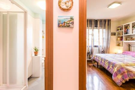 WIFI,distinguished apartm BO center