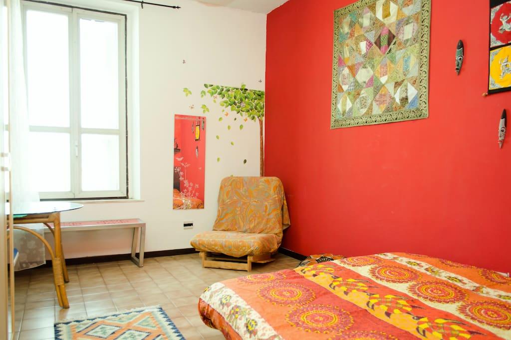 Roma Termini - central cheap room!