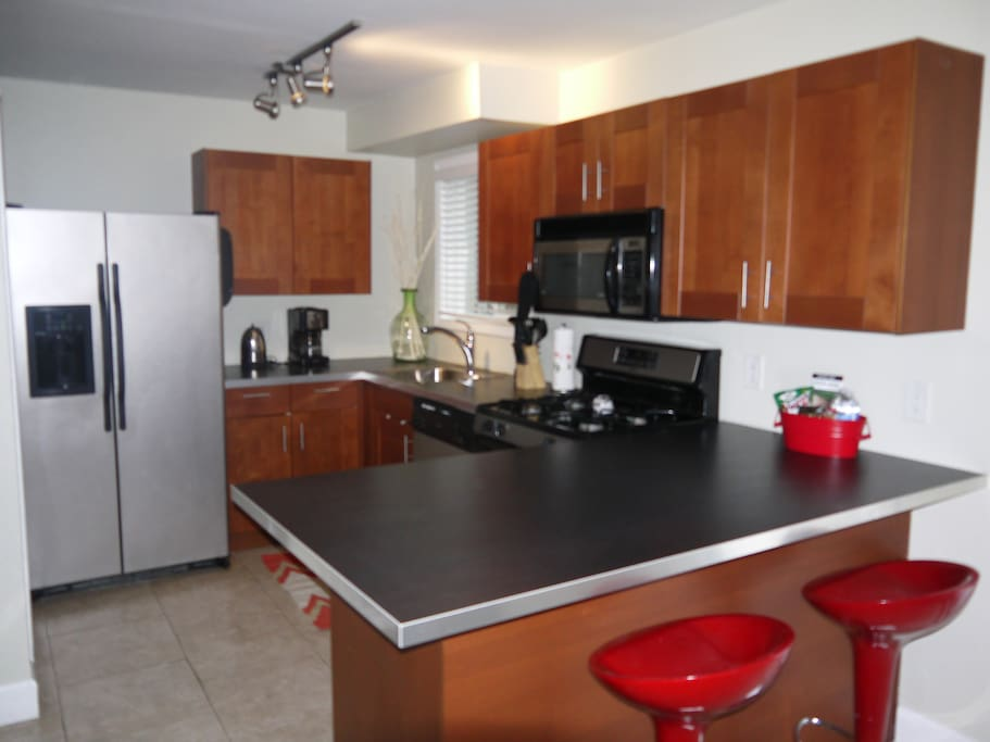 Fashionable 2br home Midtown/Park!