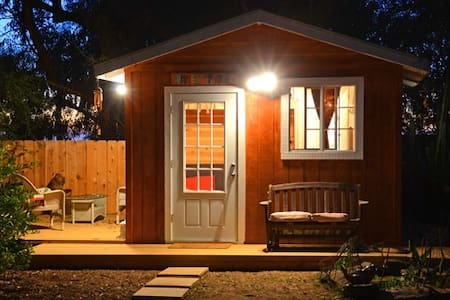TINY HOME NEAR BEACH - Encinitas