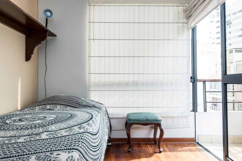 Lovely Miraflores-Room w/ balcony