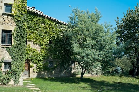 Romantic Stone Farmhouse  - Tavèrnoles