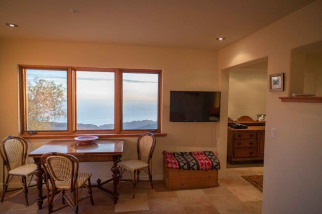 Topanga Ocean View Guest Apartment